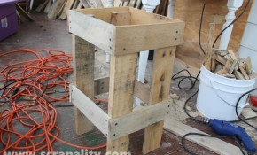 funky pallet table 2