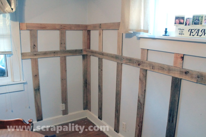 pallet wainscoting 4