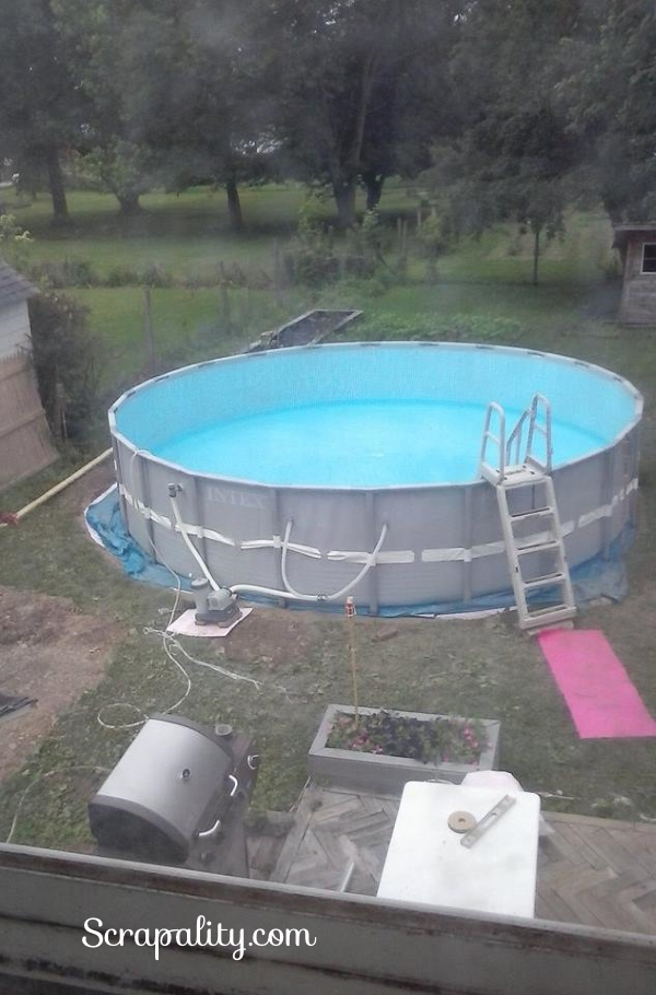 Intex Pool watching it fill