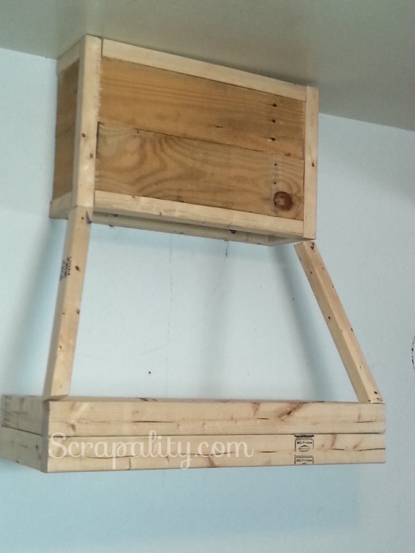 Building a Pallet Kitchen Hood Framing