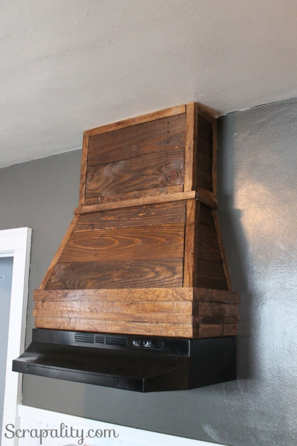 Rustic Range Hood Using Pallet Wood