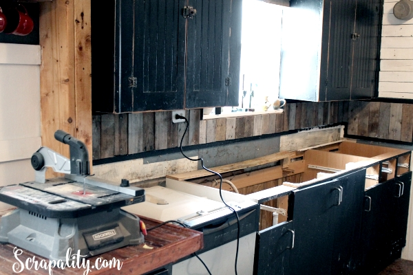 Adding a New Countertop in the Kitchen cabinets