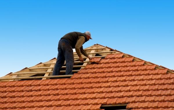 perbaikan pemasangan atap