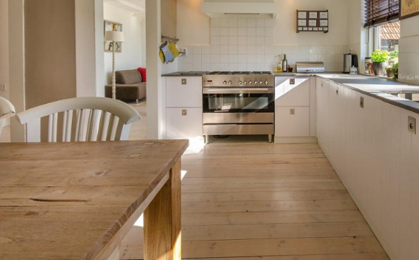 Tips To Choose Right Type Of Flooring For Your Kitchen Scrapality