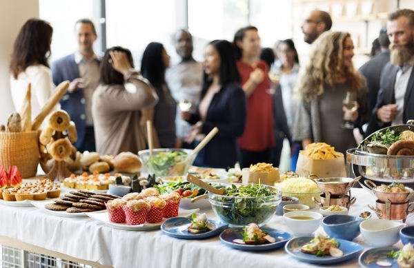 5 Tips to Hire Catering Services for an Event -