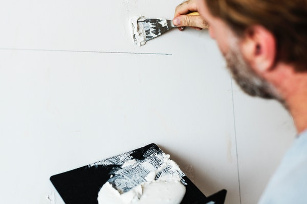 Home Repairs Should You Leave To The Professionals
