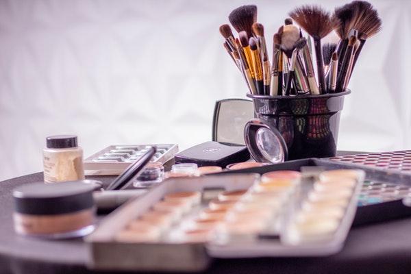 beauty niche makeup